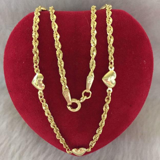 18K - Saudi Gold Jewelry, Necklace w/. Pendant 18K 2.8gram의 그림